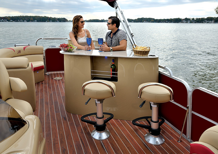 Berkshire Pontoon Boats Model Reviews Research The Best Of The Best