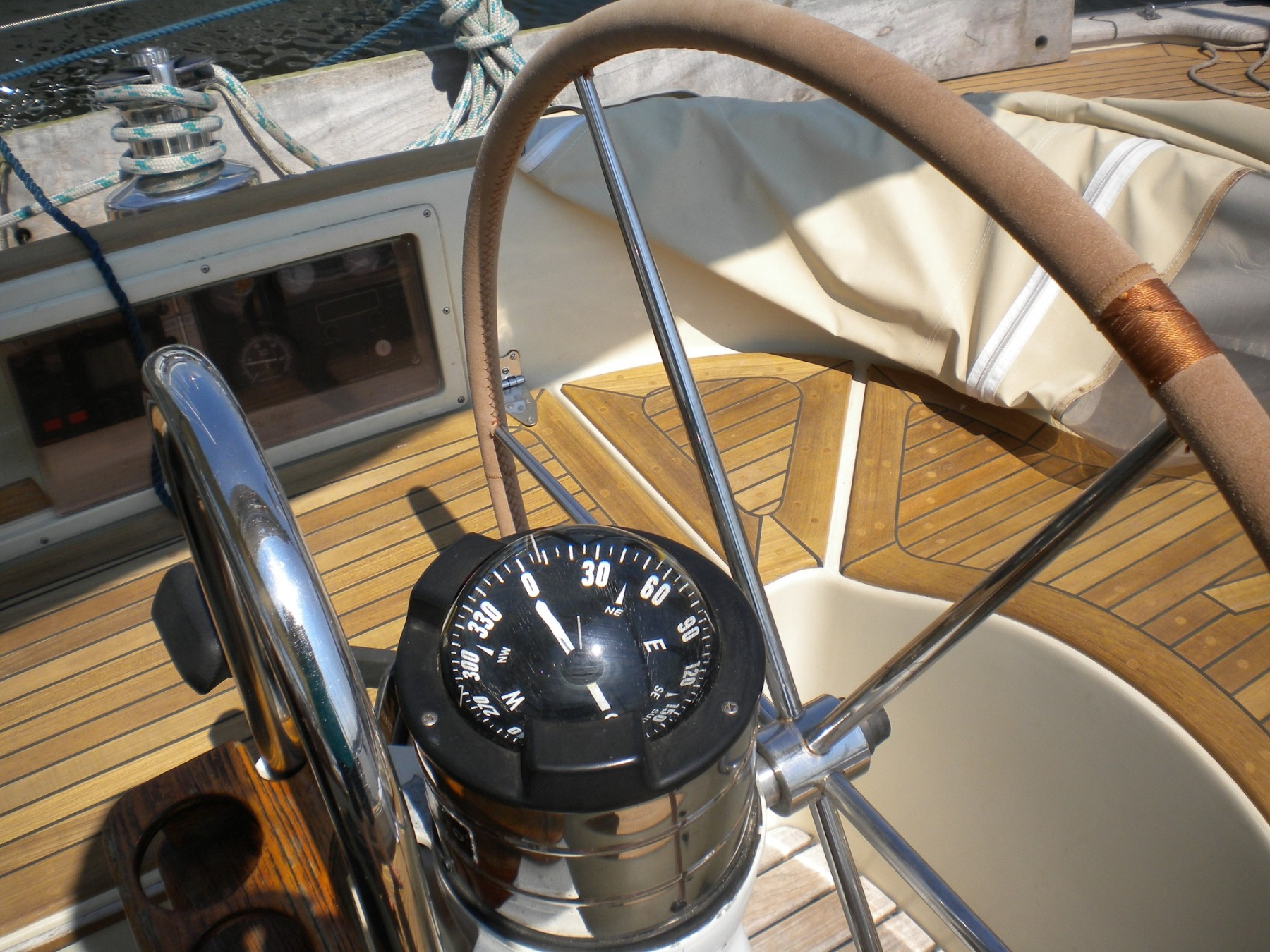 boat navigation compass